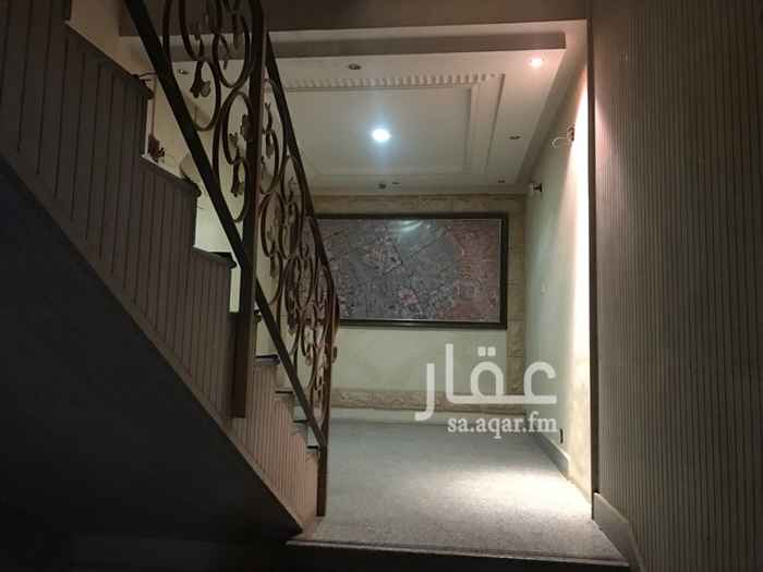 1422212 للايجار مكتب طريق الملك عبدالله حي الواحة تتكون تقريبا من 4 غرف كبار وصالة