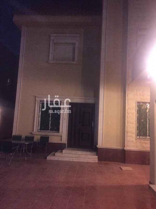 1818497 فل لايجار حي اشبليا درج صالة موقع مميز   5غرف نوم