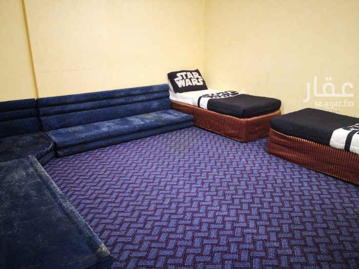 1347355 أبراج المحسيني شقة مدخلين 4 غرف 3 حمامات مطبخ راكب مكيفات راكبة وممتازة 0508111185