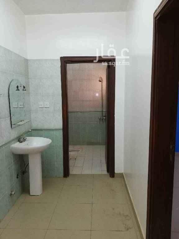 1429042 ملحق  بدون سطح اربع غرف وصاله ومطبخ ودورتين مياه بالدار البيضاء شارع محمد رشيد رضا 1400ريال شهري 0508115688