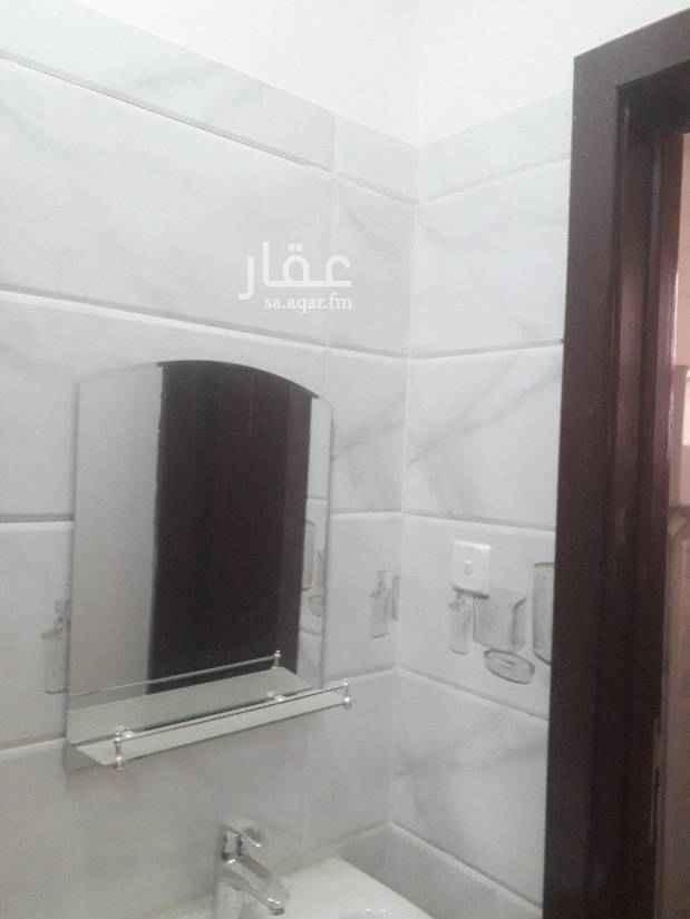 1427735 شقة جديدة للايجار  دور أول في حي الرمال  ثلاث غرف وصالة  و2 دورات مياة
