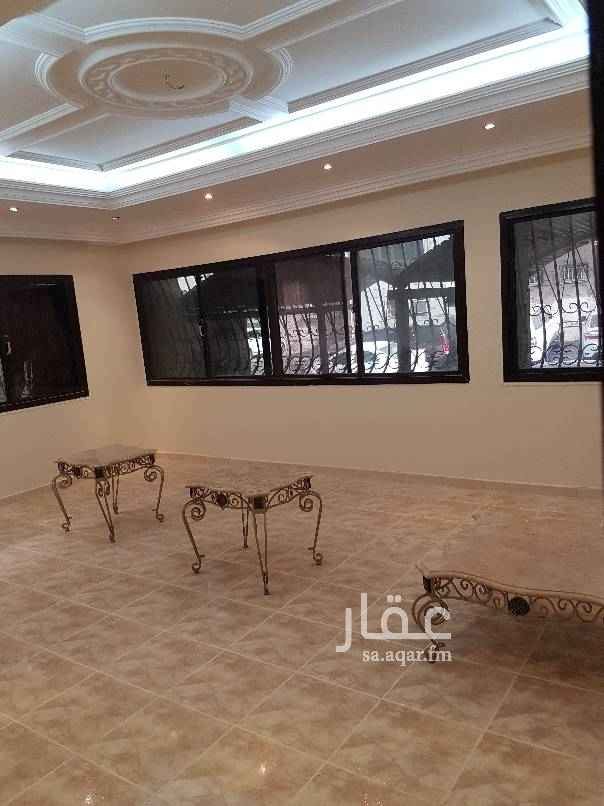 1681135 شقة مجددة بالكامل عمارة على شارعين مواقف امامية وجانبية