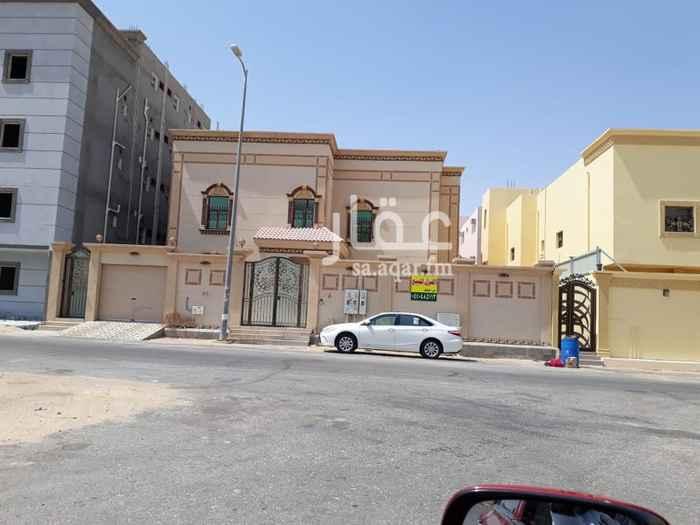 1669342 البيت دور وشقتين و ملحق وعمره 5 سنوات الموقع حي السلام قرب صالة مذهله