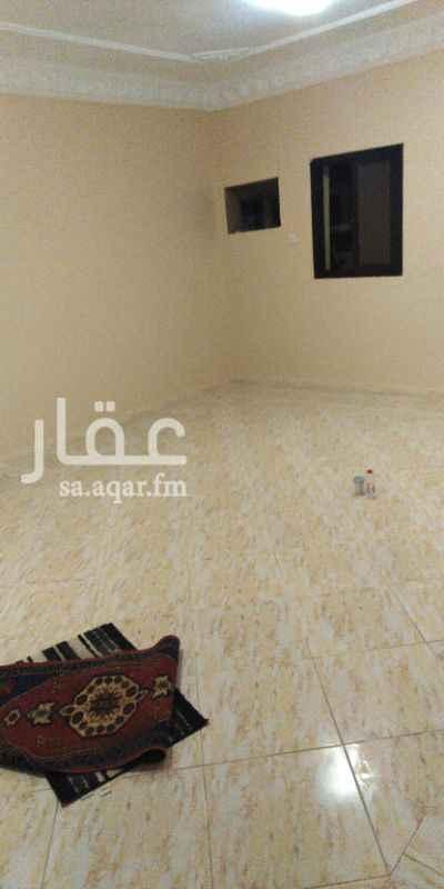 1411676 شقه مكون من خمس غرف وصاله و3 دورات مياه ومطبخ