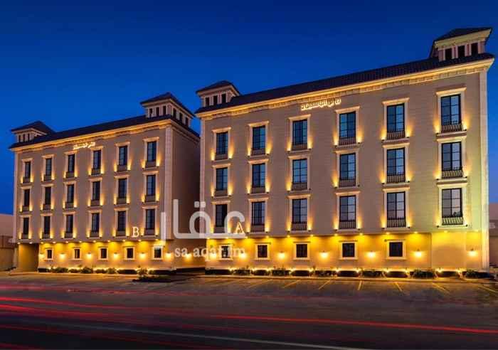 1507435 شقة مميزة وفاخرة للإيجار في حي الياسمين  مساحة الشقة 170م   3 غرف نوم + 3 دورات مياه + مطبخ مع مستودع تخزين + صالة ومجلس.   السعر شامل المكيفات والمطبخ