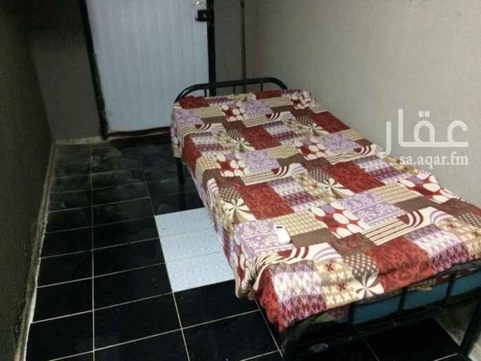 1573774 غرفة سائق للايجار يوجد مطبخ صغير بادواته وحمام وسرير ومكيف سبلت جديد