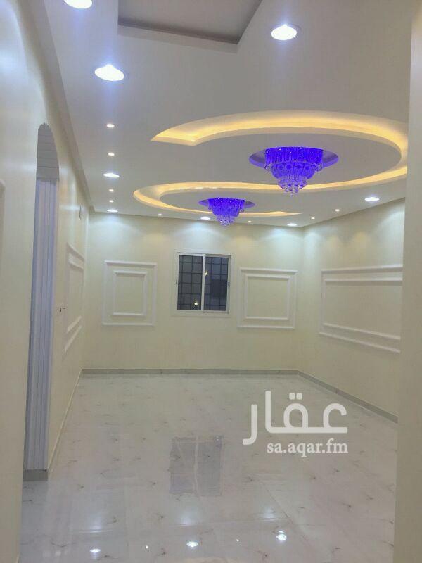 فيلا للبيع فى شارع عثمان بن سند النجدي ، حي الرمال ، الرياض صورة 4