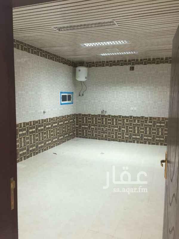 فيلا للبيع فى شارع عثمان بن سند النجدي ، حي الرمال ، الرياض صورة 9