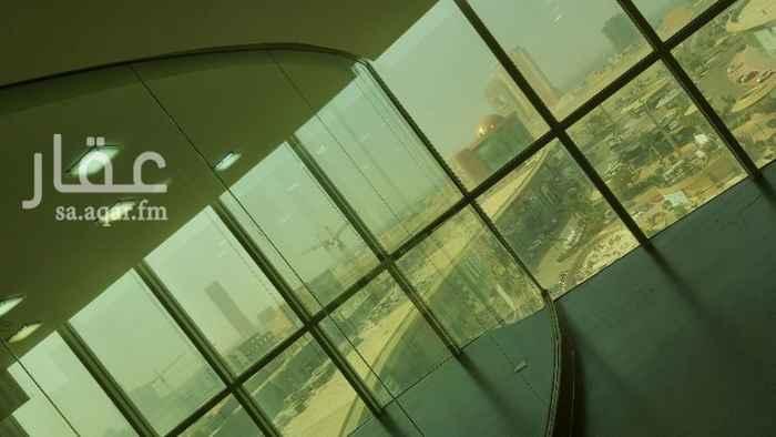 1367685 جده  طريق الملك عبدالعزيز جنوب دوار الكره الارضيه   برج اداري مكاتب ومعارض للايجار سعر المتر يبداء من ٥٠٠ريال موقعع مميز جدا