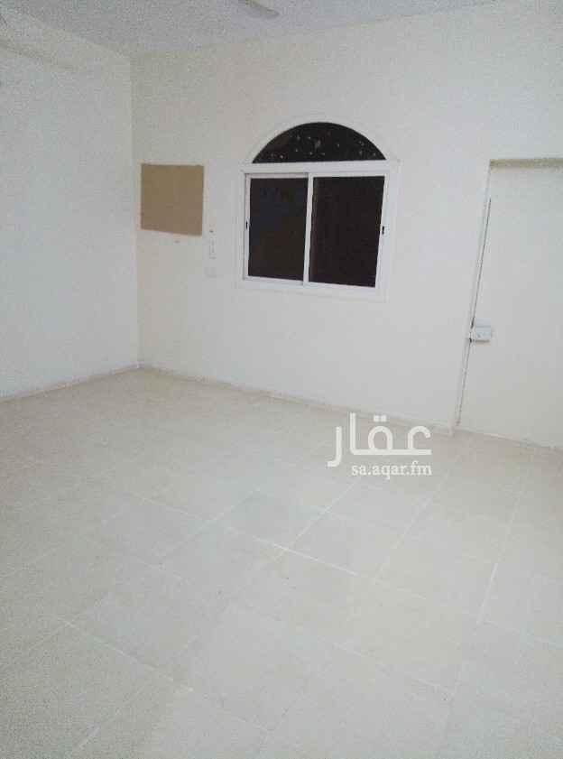 1822612 جدة حي الرغامة 4 شقتين نظيفه للايجار مدخلين وتوفر مواقق