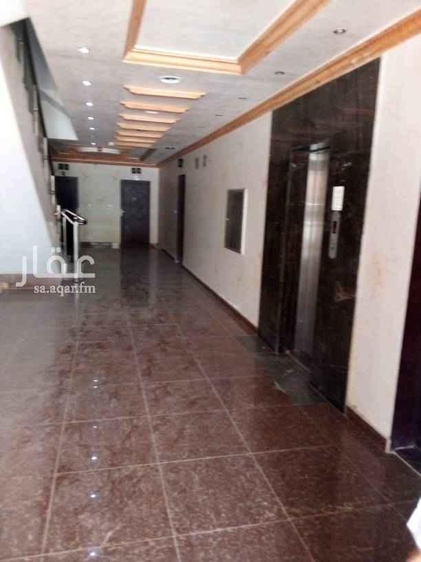 1390115 شقه للايجار بحي الفلاح ٣غرف وصاله ومطبخ ٢حمام  في مصعد سعر للايجار ٢٠الف