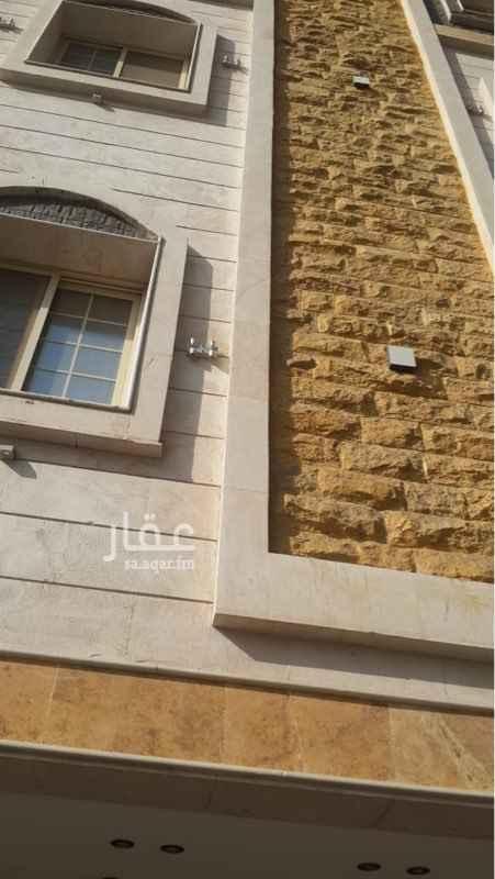 1810561 شقة في حي الروضه للبيع جديدة