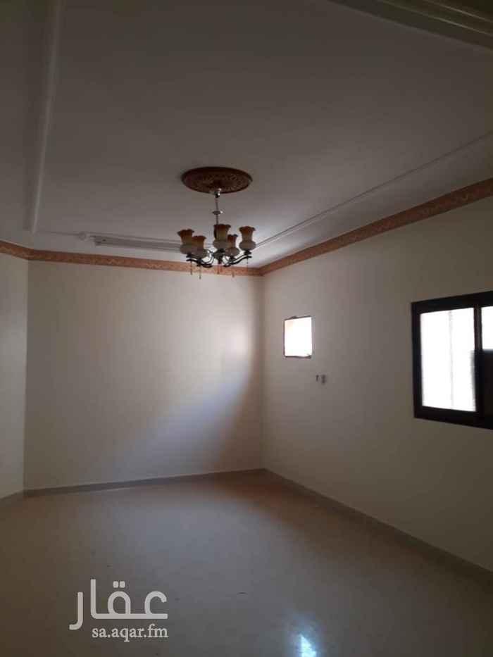 1413762 ايجار شقة اربع غرف وصالة دور ثالث مع سطح كهرباء مستقل حي  المعيزليه