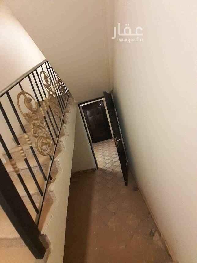 1696117 شقة  للايجار في حي المزيني  ٣غرف    وصالة  ودورتين مياة    جديدة  للايجار سنوي ١٥٠٠٠ وشهري ١٤٠٠