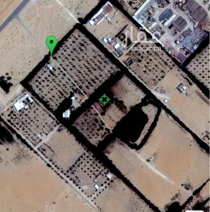 36785 مزرعة للبيع مساحة ١٠٠,٠٠٠ في مخطط طفيح موقع مناسب لوضع كمباوندات  للشركات و ميزة الموقع قريب لطريق ابو حدرية.