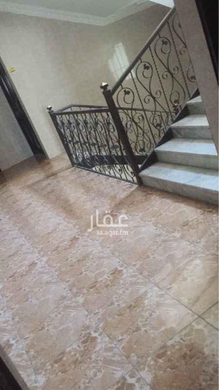 1677966 شقه عوايل ثلاث غرف وصاله كبيره  ومطبخ ودورتين مياه موقع ممتاز جيران محترمين