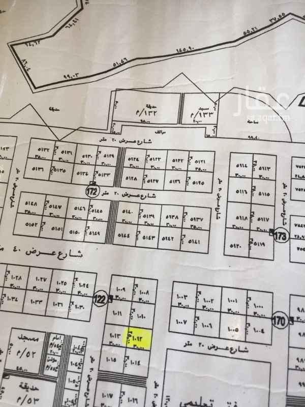 1661897 مساحة ٩٠٠ شارع ٢٠ جنوبي مزفلت ليست ظهيرة  طبيعتها كف  بعد الذهبي  على الشور وكيل