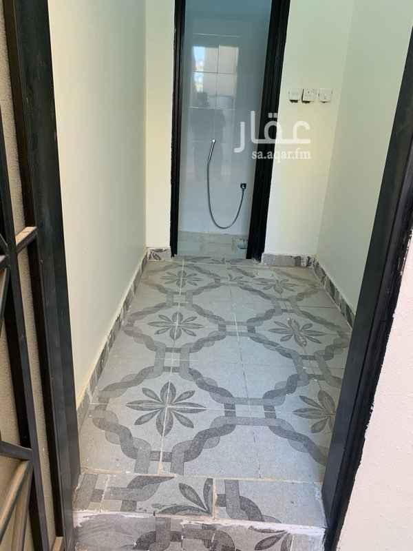 1804410 حي المهديه غرفه سواق مع دوره المياه مع مكيف جديد الغرفه لم تستخدم الاجار الشهر من المالك مباشر