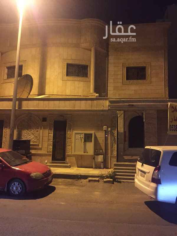 1447216 فيلا للايجار قريبه من طريق الملك عبدالعزيز خلف محطة البساتين قريبه من الخدمات مصعد وتكييف مركزي