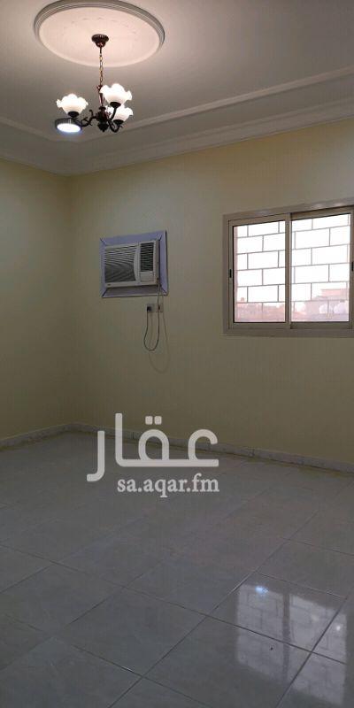 1299082 عمارة الرويشدية مدخلين مجلس صالة مطبخ عدد 3 غرف يوجد عدد ٣ مكيفات في الشقة فقط