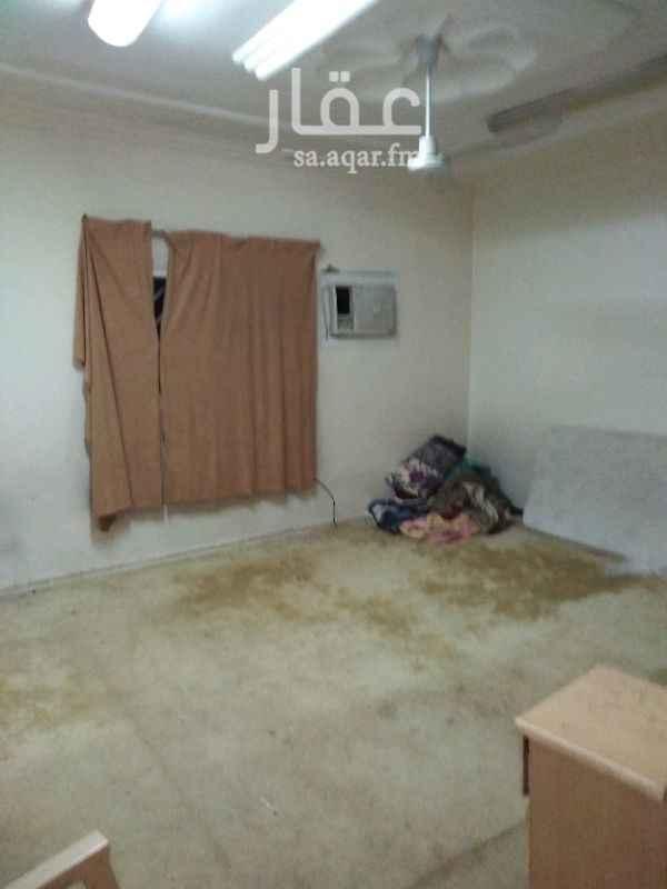 1207132 5 غرف وصاله بدون مدخل سياره