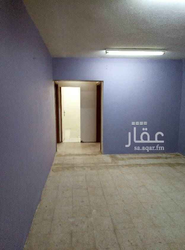 1650098 شقه غرفتين وصاله وحمامين ومطبخ مع سطح عداد مستقل