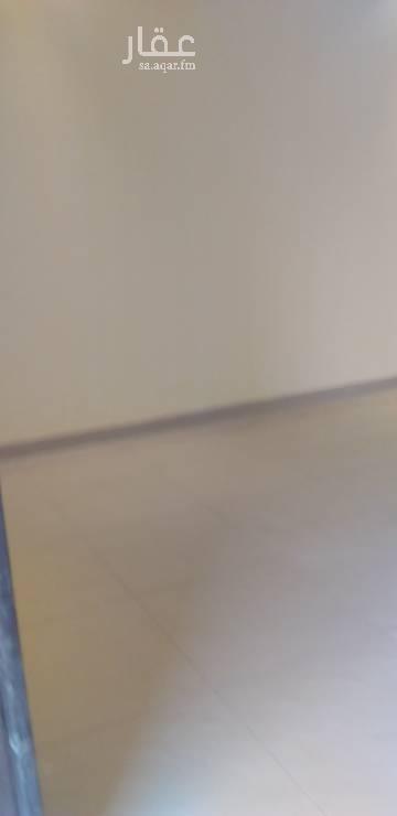 1633242 بسم لله  فله في ارقاءاحياء جده النعيم المسره  دبلكس مساحتها ٤٩٠متر  ست غرف نوم  وغرفه سايق  وحوش امامي خلفي ارتدات  عرض الشارع عشرين متر  قريبه من موقف سيارات   عمرالعقار خمس سنوات مطلوب مايه وعشره ألف ريال سنوي