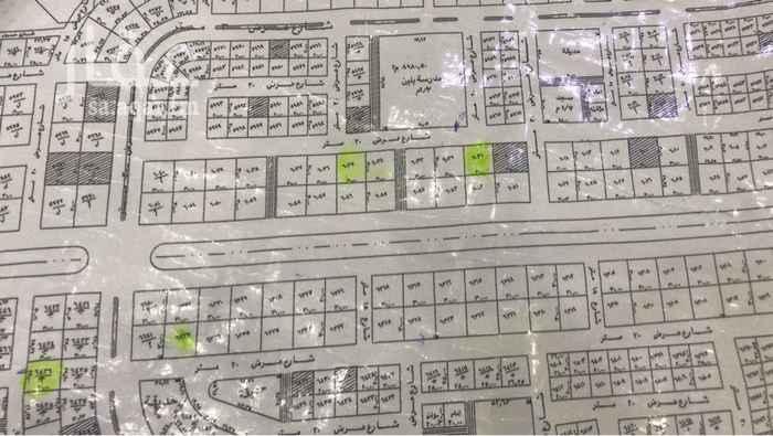 1446367 قطعه تجاريه للبيع شارع 30متر الواجهه شماليه الموقع ممتاز بمخطط واحد التبه
