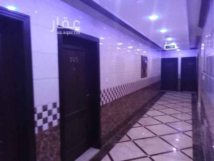 1814346 شقق فاخرة للايجار الشهري فخمه وجديدة تتمتع بخصوصية للسكان تحتوي على غرفه وصاله ومطبخ وغرفة غسيل للسكان منفصله مصعد مواقف للسيارات داخل المبنى مقابل بوابة ل لولو هايبر ماركت 0531644400