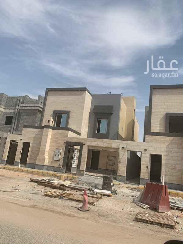 1757824 فلة في حي القدس جديده شارع 20 غربي  درج داخلي وشقة
