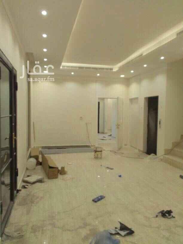1738581 للبيع فيلا حي بدر إ درج صاله جديدة معا شقتين أربع غرف نوم البيع بدون الضريبة يوجد مصعد