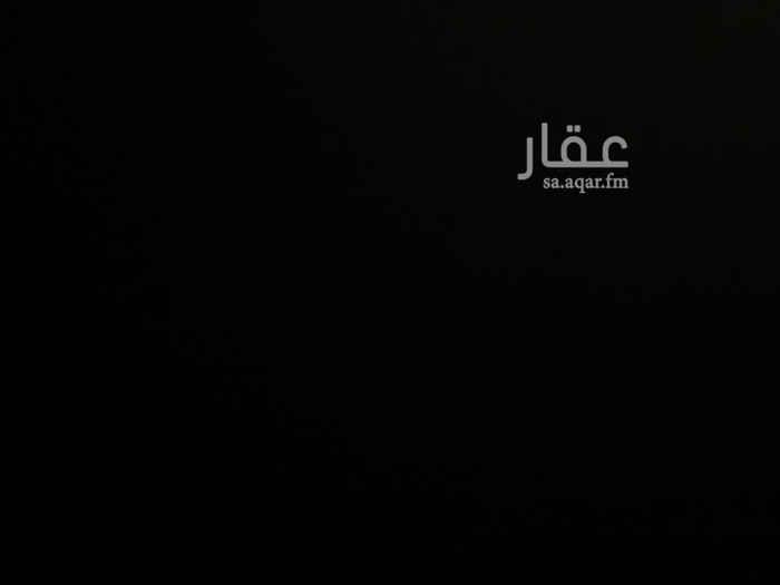 1633717 مطلووب شقق عزاب بشرق الرياض غرفتين وصالة ومجلس وبأي سعر يبيها بس تكون نظيفه وبحي كويس وشكرا..