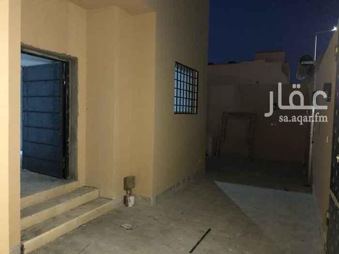 1811341 فله دورين (بيت مسجد) الدور الاول ثلاث مجالس وصاله ومطبخ ودورتين مياه الدور الثاني اربع غرف نوم وصاله
