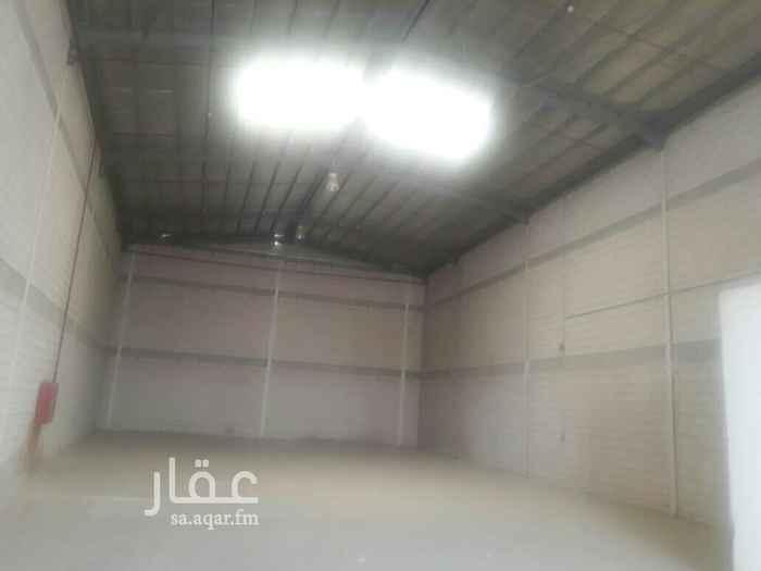 1736799 مستودعات للايجار مساحات مختلفه جنوب الرياض حي طيبه و الدار البيضاء