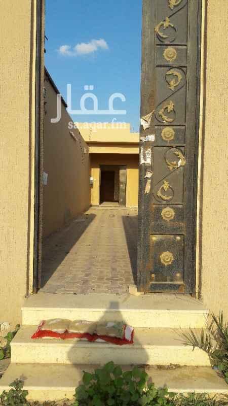 1317360 غرفتين ٥×٦ مجلس (مشب) حوش صغير  مطبخ وحمام الكهربة والماء مشترك للاتصال 0532975150
