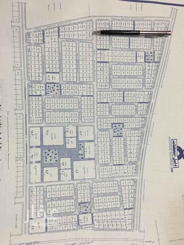 1247252 ارض للبيع بملهم مخطط القصر خدمات واصله بالكامل شارع 20 م شمالي المساحه 720 م  0533000079