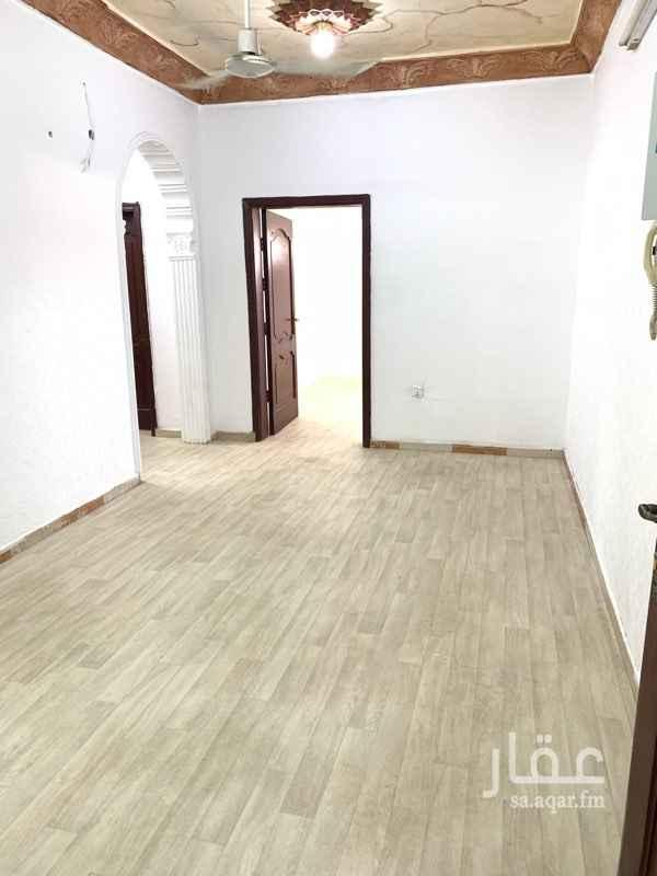 1696407 شقه ثلاث غرف ومطبخ وحممين وصاله با1500 شامل الكهرباء والماء  للتواصل  0542451112