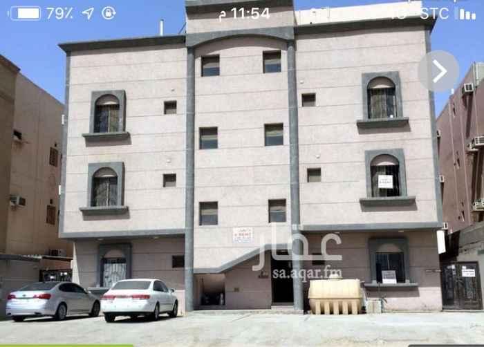 1298301 ملحق للإيجار مكون من اربع غرف وصالة ومطبخ راكب وثلاث دورات مياه خلف اسواق المزرعه مباشره  يوجد مصعد
