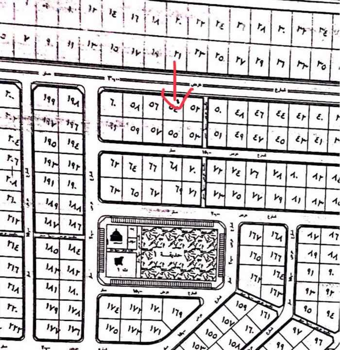 1473011 ارض في مخطط حي الرياض البيانات في الصك والارض موقعها قريب جداً من المزارع غرب العدوه وطريقها زين