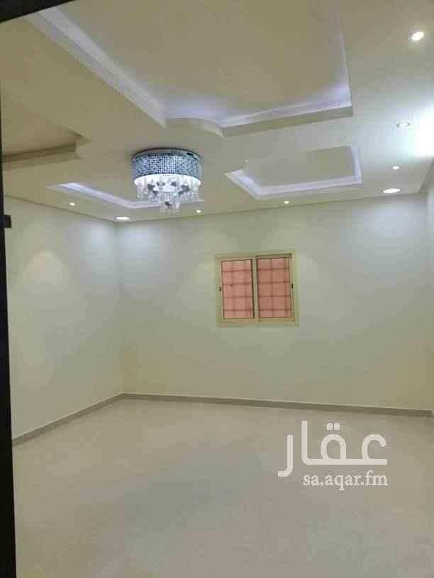 1346601 دور ارضي للايجار شارع 20 شرقي قريب من الخدمات ويبعد عن المسجد ٥٠متر بالرمال الذهبي