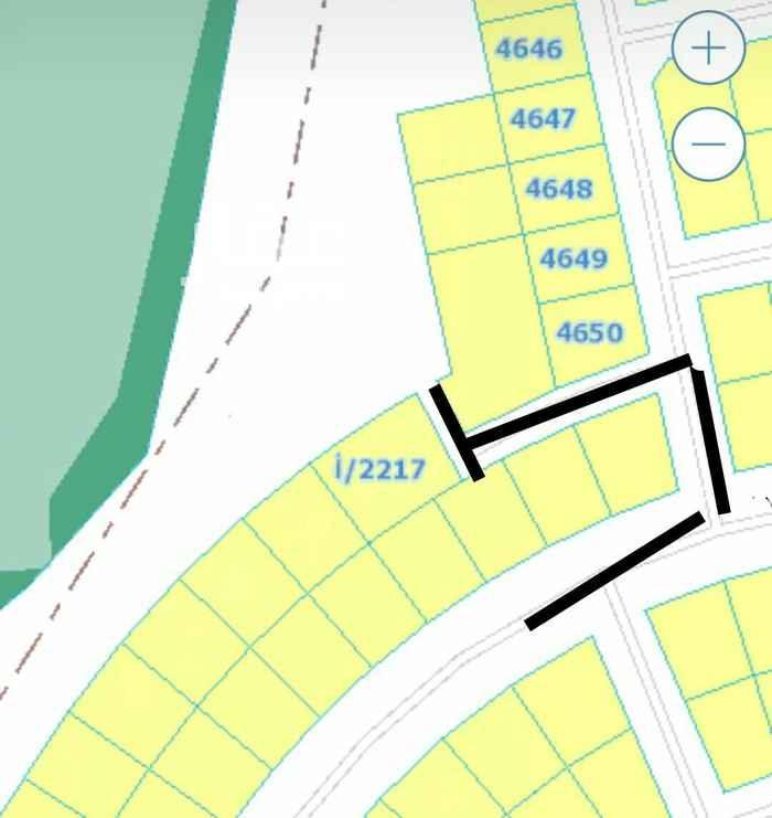 1255090 ارض على شارعين شمالي 15وشرق ممر10و6 مخطط2566/ب
