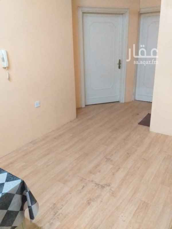 1760429 Hi there is a third floor apartment, which is a three rooms and two lounges and two water in the ministries district clean and independent electricity meter and in excellent condition and who wants to communicate with the office number of the property in the last picture.