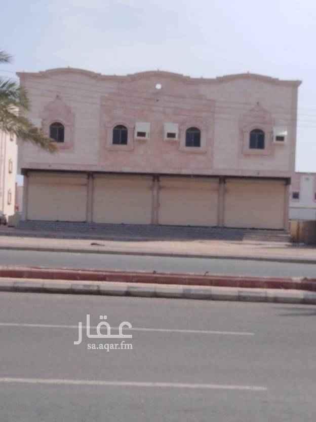 1688388 يوجد لدينا عماره كامله للإيجار على شارع الملك فيصل مكونه من ست شقق مع اربعه محلات المطلوب الإيجار السنوي 150الف ريال