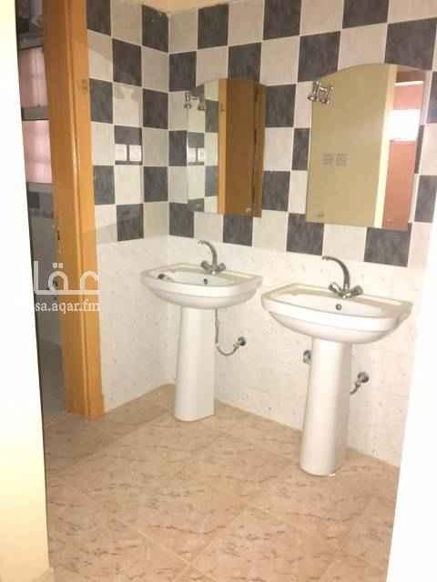 1617175 شقة ٣ غرف و صالة و دورتين مياه مع مطبخ راكب