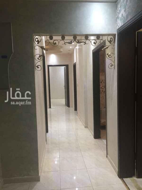 1791416 شقة في بطحاء قريش بجوار مسجد الراجحي دور ارضي والمطبخ راكب ونظيف جدا المطلوب 25000 على دفعتين فقط