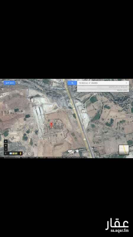 150088 يوجد قطع اراضي للبيع بمخطط الجامعة  بمساحات مختلفة من 400 م الى 850 م  تبعد عن جامعة الملك خالد الجديدة مسافة كيلو واحد تقريبا  وتبعد عن طريق جدة مسافة ٣٠ متر