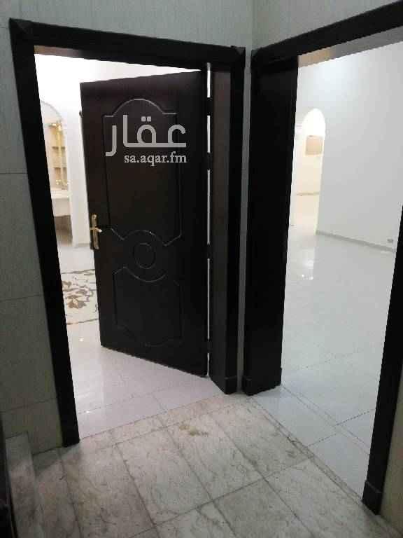 1476961 شقه بحي طيبه جديده تفتح شرق علي مسجد وحديقه وقريبه جدا من الخدمات