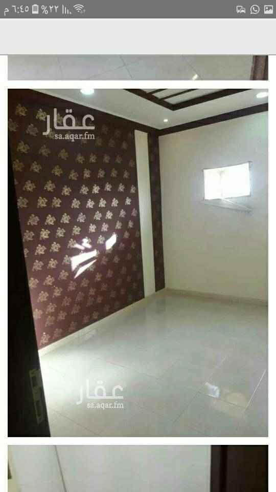 1667930 غرفتين وصاله وحمام ومطبخ راكب بحي الربوة  الشقه ثاني ساكن..