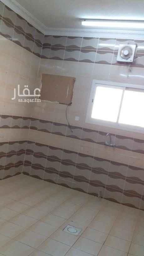 1658012 يوجد شقه للايجار بدور الثالث مكونه م̷ـــِْن غرفتين نوم ومجلس وصاله ومطبخ ودورتين مياه عداد مستقل  ((16000الف) )    (( 1500شهري ))
