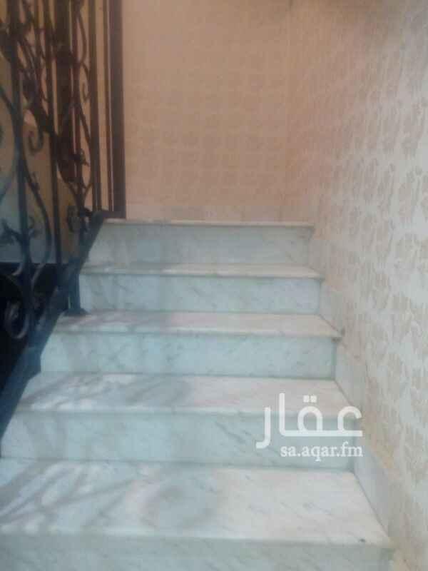 1675043 دور علوي مشترك للايجار حي الياسمين مكون من 4غرف نوم ومجلس ومقلط وصاله 3 حمامات ومطبخ ومكيفات اسبلت راكب